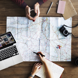 Are You a Traveler or Tourist? 5 Things That Make Travelers Different