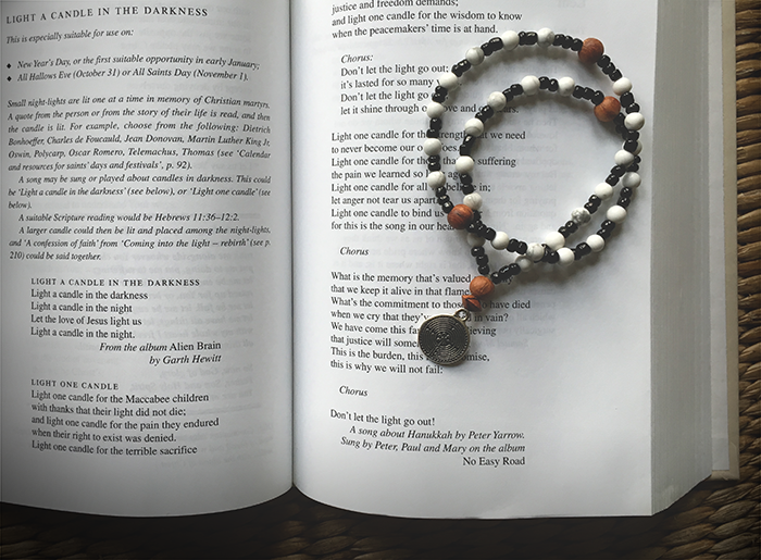 labyrinth-prayer-beads