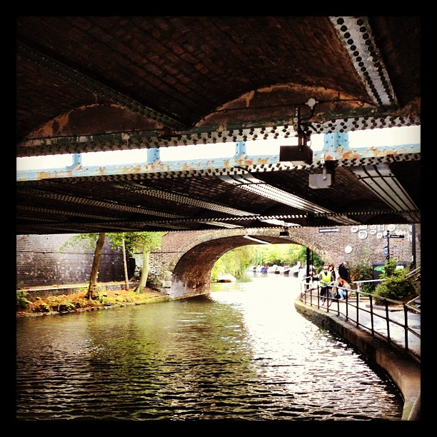 Regent's Canal (image by Alva Leigh)
